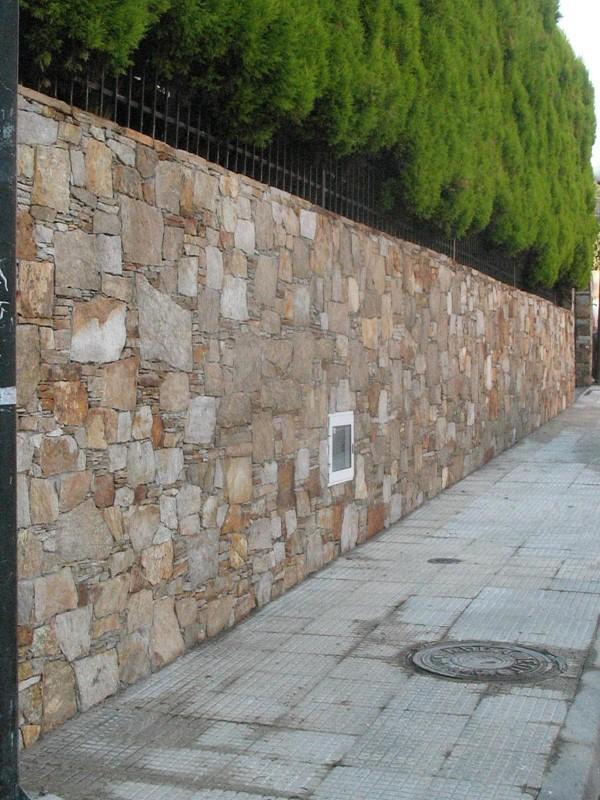 Muros en piedra natural - Entradas de piedra natural ...
